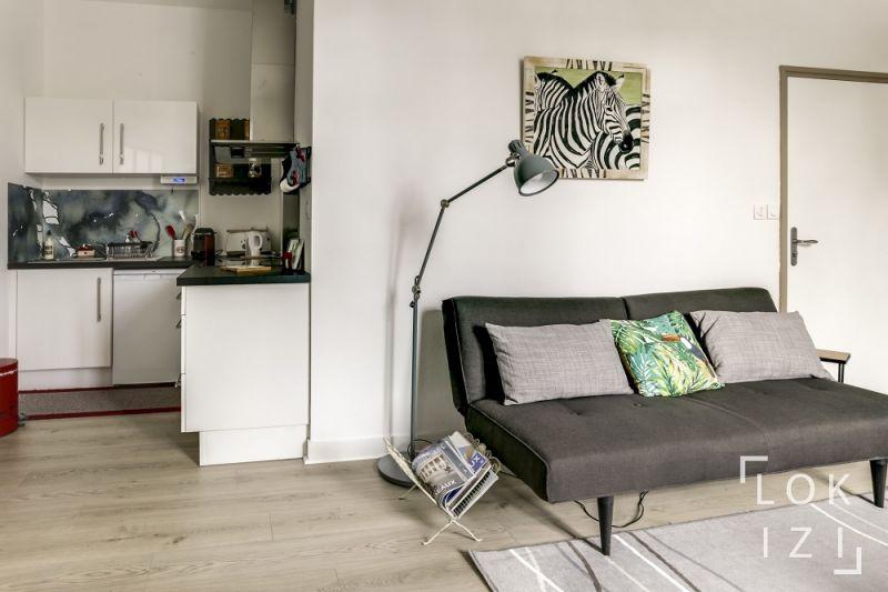location appartement meubl 2 pi ces 37m bordeaux par lokizi. Black Bedroom Furniture Sets. Home Design Ideas