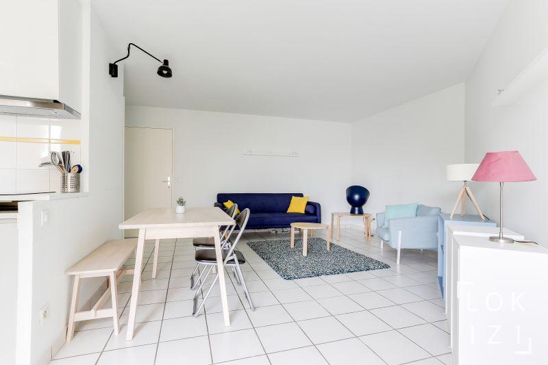 location appartement meubl 1 chambre 46m bordeaux par. Black Bedroom Furniture Sets. Home Design Ideas