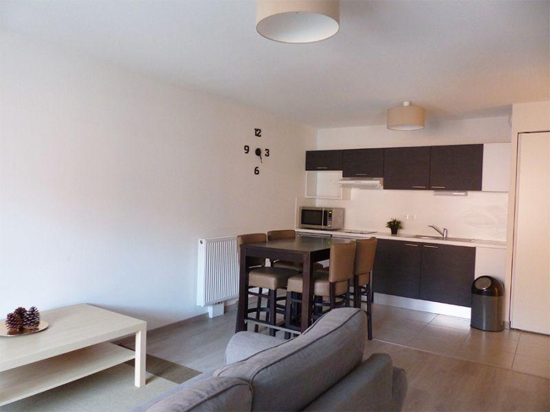 location appartement meubl 2 pi ces 43 5m bordeaux par. Black Bedroom Furniture Sets. Home Design Ideas