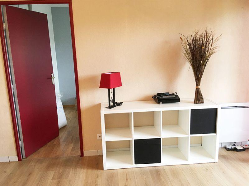 location appartement meubl 46 5m 2 pi ces par lokizi bordeaux. Black Bedroom Furniture Sets. Home Design Ideas