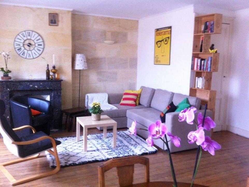 location appartement meubl 3 pi ces 65m bordeaux par lokizi. Black Bedroom Furniture Sets. Home Design Ideas